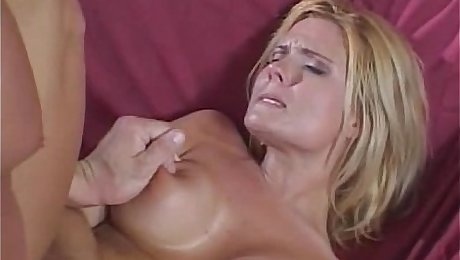 Milfs Screams From Her First Ever Anal